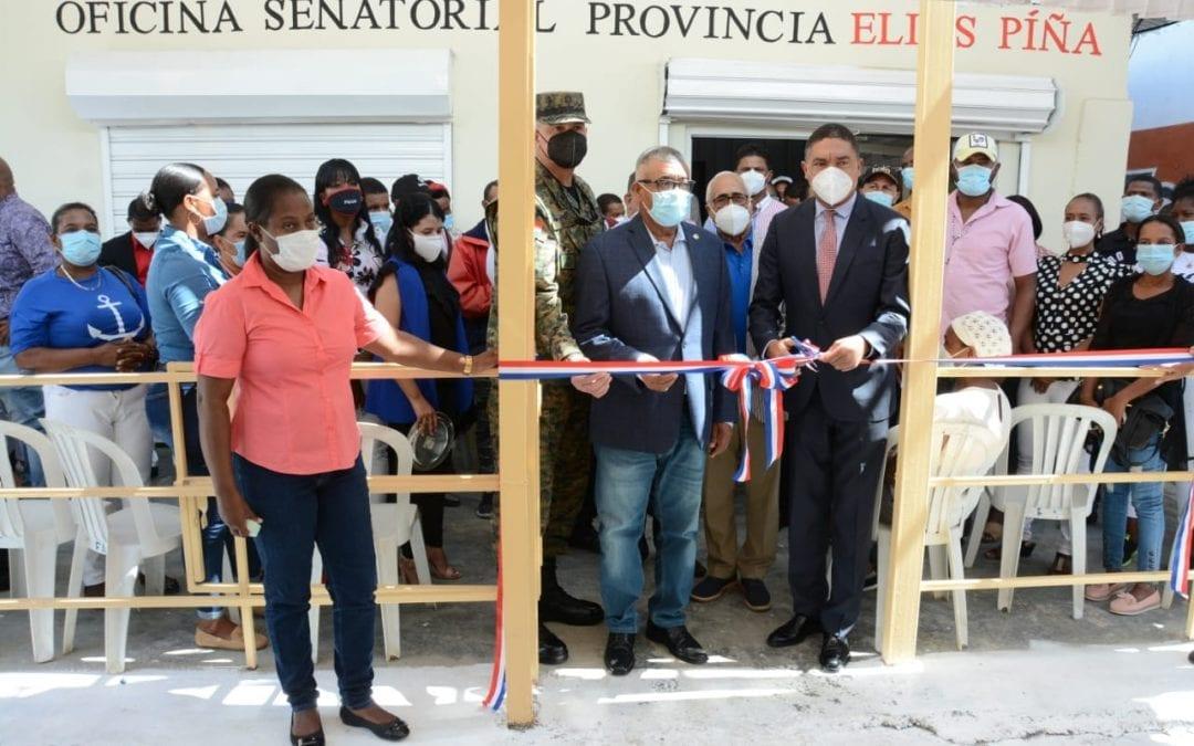 El senador Aris Yván Lorenzo inauguró la Oficina Senatorial de Elías Piña